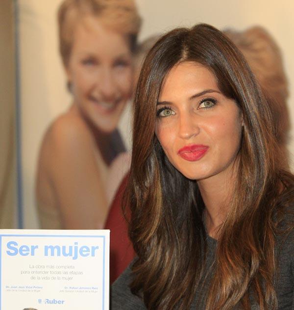 Sara Carbonero: 'Ojalá le demos un hermanito a Martín, pero todavía no'